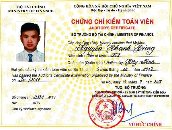Chứng chỉ kiểm toán viên của anh Thanh Tùng